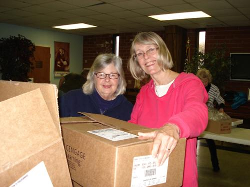THANKSGIVING BOXES HELP FAMILIES