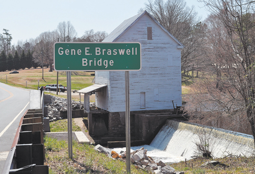 Boddie Mill Pond bridge named for Braswell